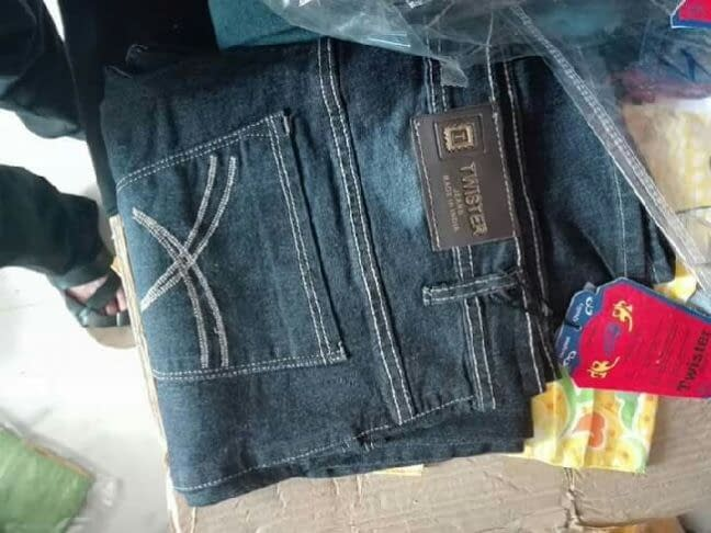 وصول 500 درزن جينز رجالي صناعة الهند