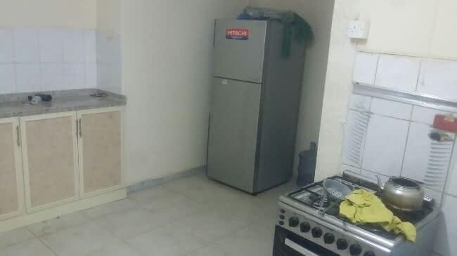 للإيجار بيت مفروش غرفتين حمامين مطبخ