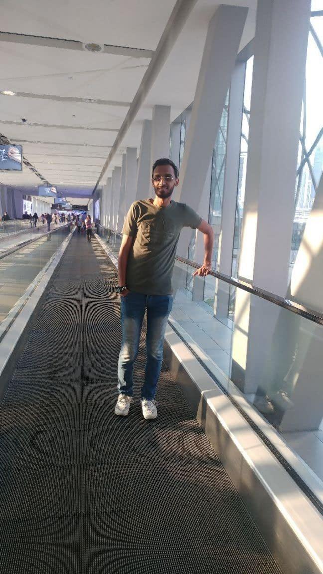 احمد حسام مدرب برمجه لغويه عصبيه وتدريب
