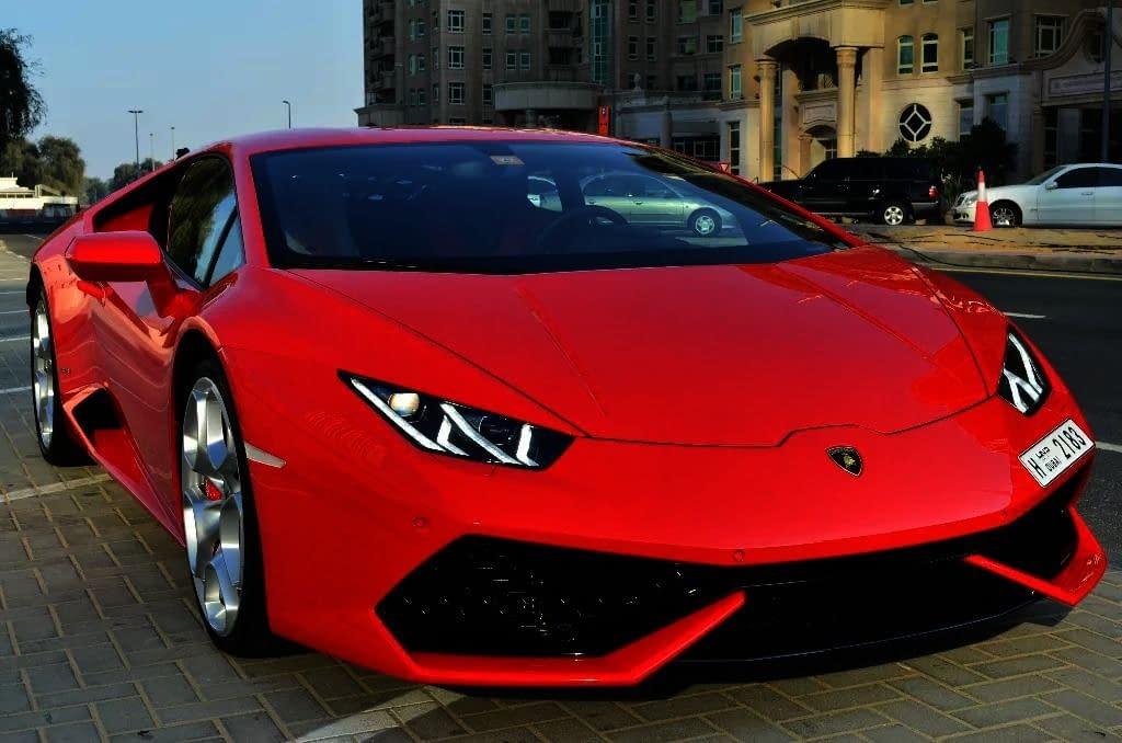 تأجير أفخم وأحدث السيارات في دبي للحجز