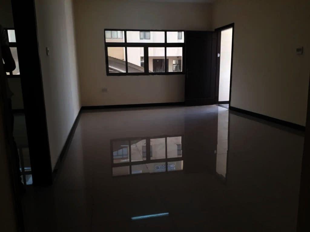 شقة 3 غرف وصالة للإيجار في مدينة خليفة