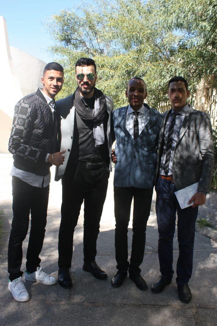 أنا شاب مغربي أبلغ من العمر 20 سنة حاصل