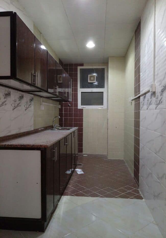 غرفتين وصالة للإيجار في مدينة شخبوط