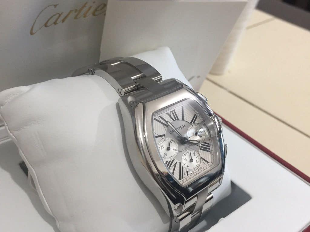 للبيع ساعة كارتيه أصلية جديدة في أبوظبي