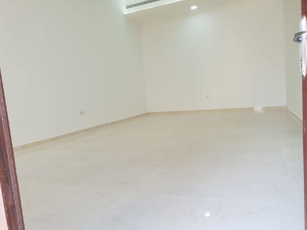 شقة للإيجار غرفتين وصالة مدينة محمد بن