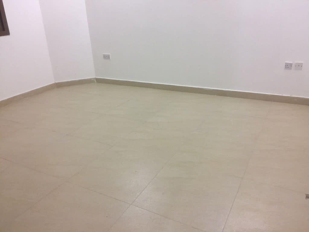 شقة لإيجار في مدينة خليفة أ غرفة صالة