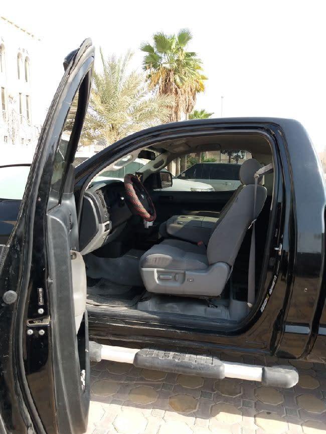 للبيع سيارة تندرا مدل 2007 نظيف - وارد