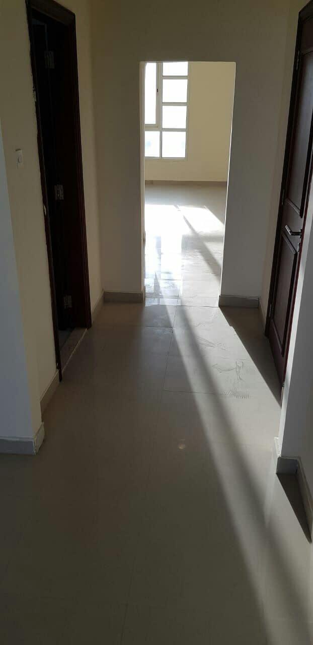 في مدينة خليفة أ شقة غرفة وصالة طابق