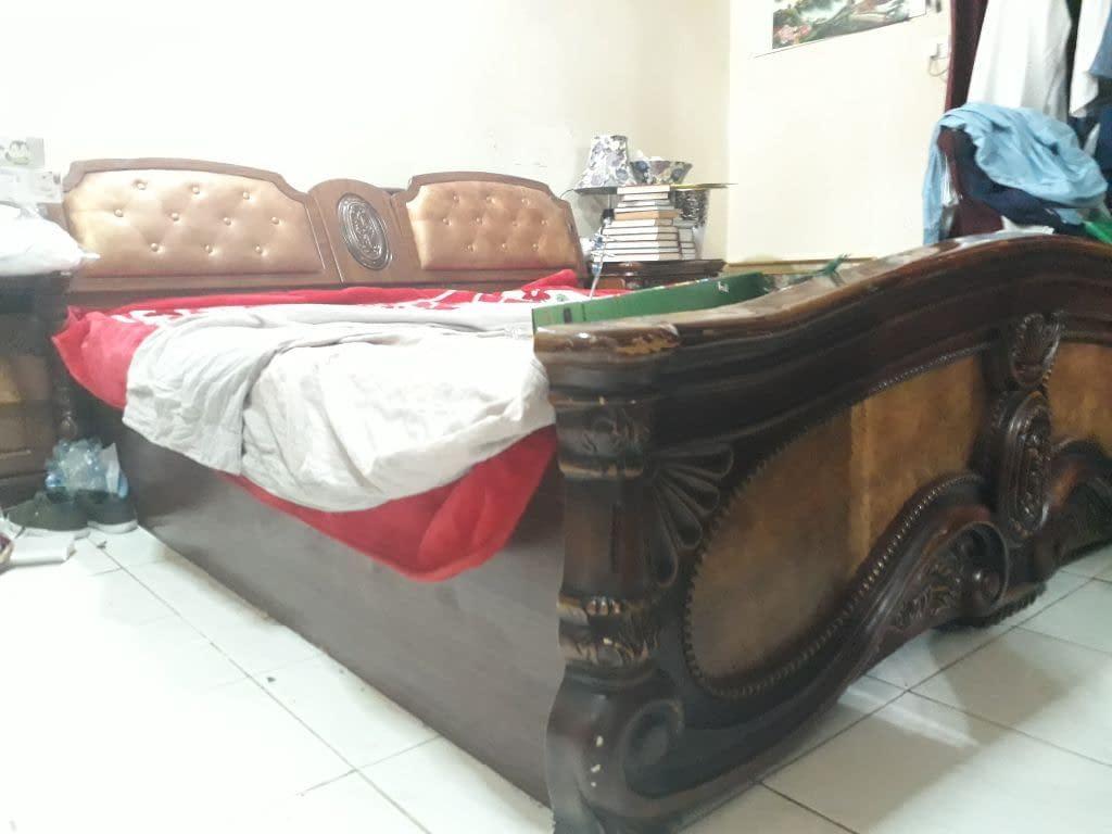 غرفة نوم كاملة للبيع بسعر 500 درهم