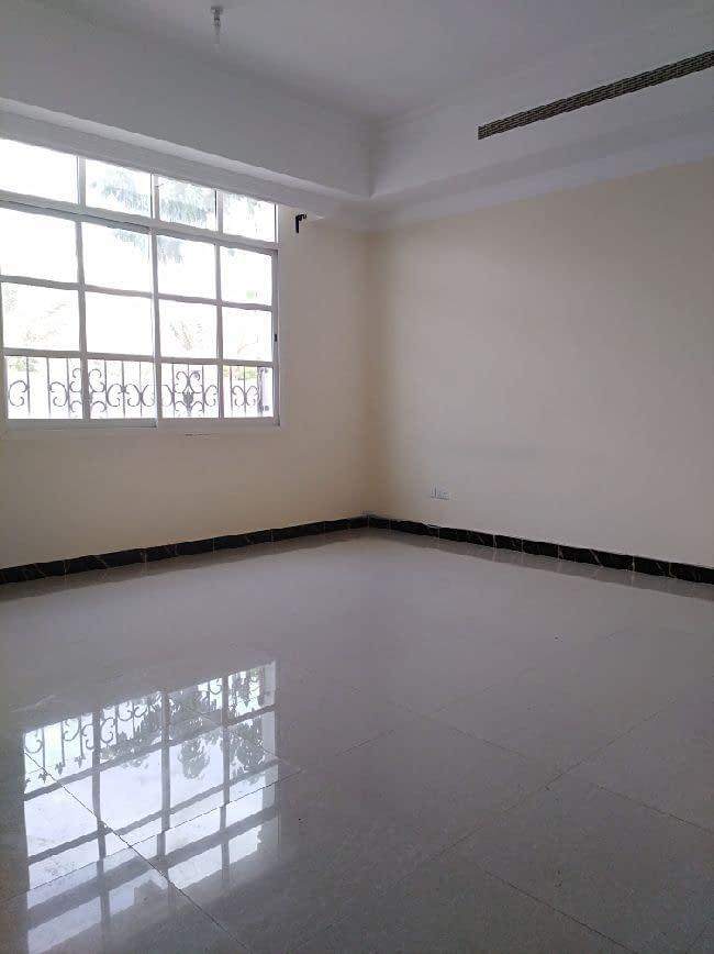يوجد شقة غرفة وصالة للإيجار في مدينة