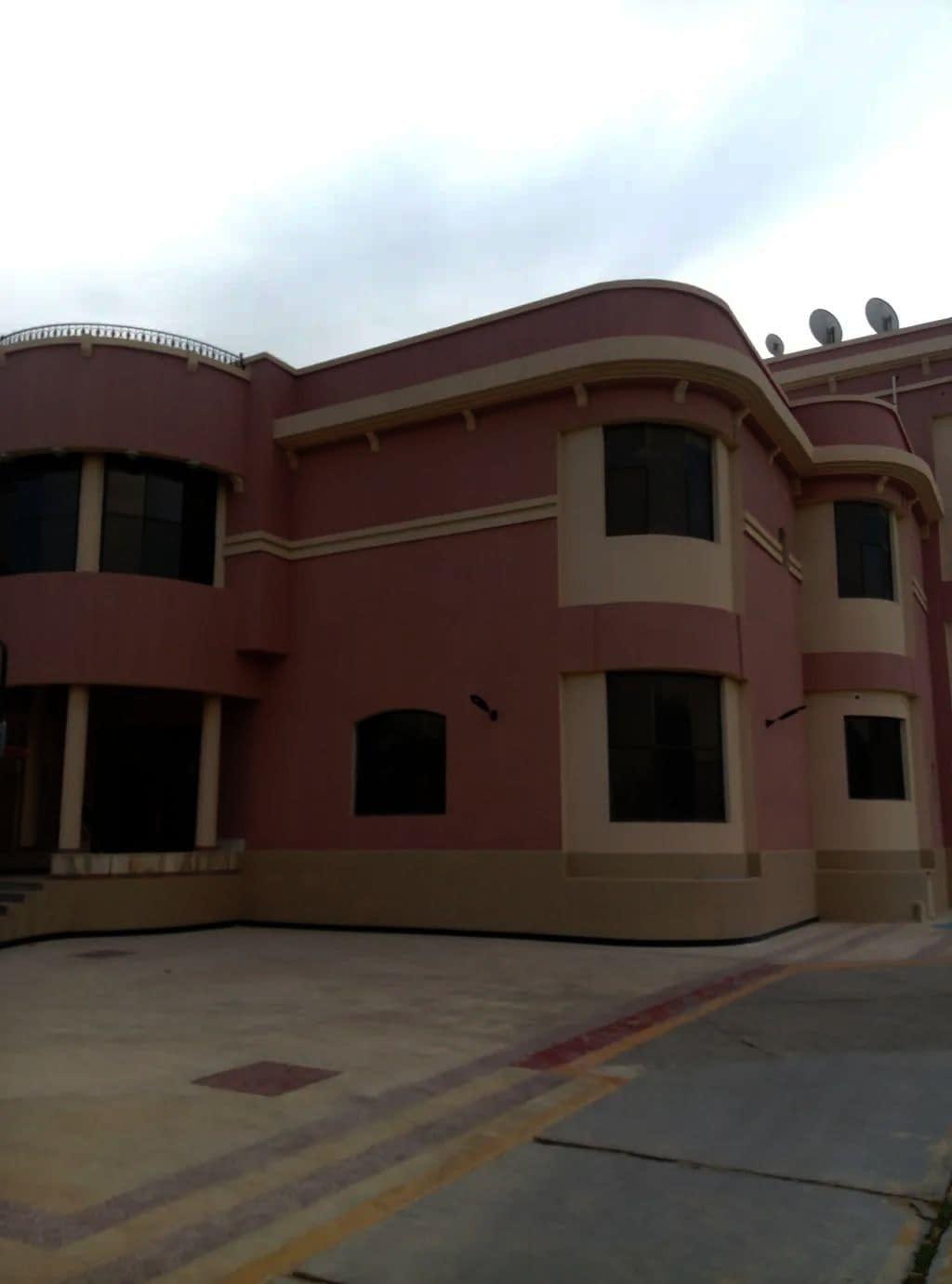 للإيجار غرفة وصالة في مدينة خليفة